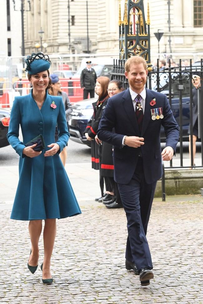 Кейт Мидълтън и принц Хари  СНИМКИ: Ройтерс