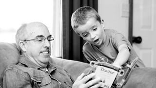 5 негативни ефекта, които бабите и дядовците имат върху внуците