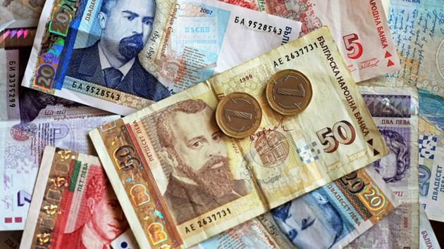 Вече няма да искат бележка за платени данъци на изнасящите над 30 хил. лв.