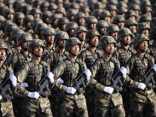 Китай увеличава военния си бюджет на фона на противостоянието със САЩ