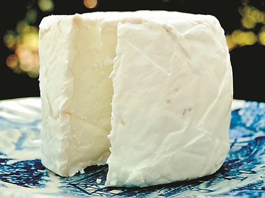 Гърция има проблем с фалшифицирането на сиренето фета