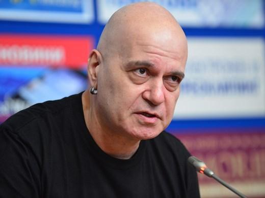 Защо мълчи партията на Слави Трифонов