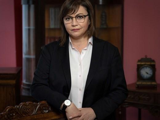 Нинова: Намаляваме заплатите на депутатите при старта на новия парламент