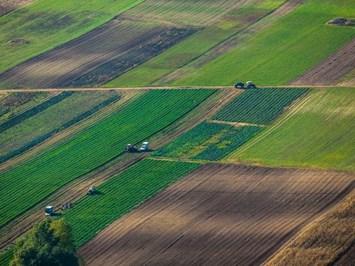 Отворен ли е пазарът на земя в седем държави близко до нас