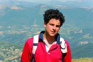 Карло Акутис умира млад от левкемия.