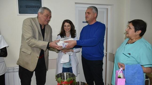 Фетален монитор подари община Благоевград на Родилно отделение