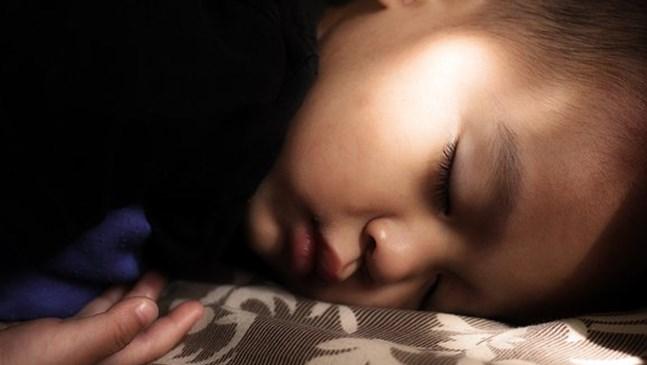 5 вечерни навици, на които е хубаво да научите децата си