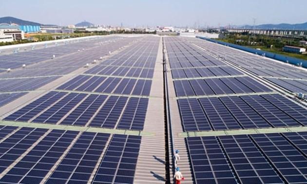 Китай продължава да увеличава дела на чистата енергия