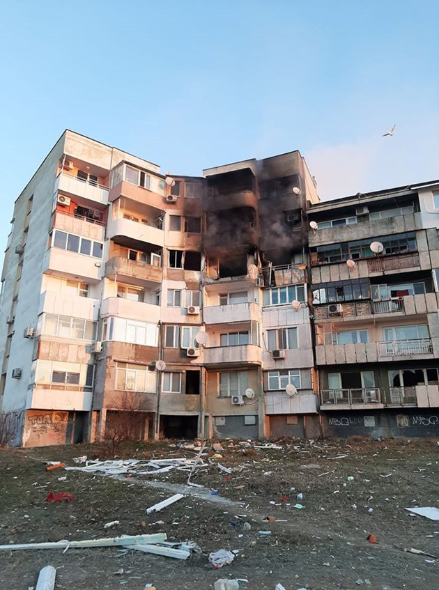 Вторият оглед не откри улики за умишлен взрив във Варна