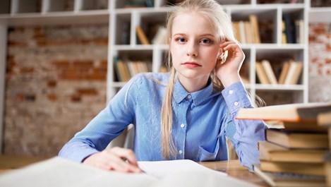 Само за ученици: Какво да правя, когато някой учител ме мрази