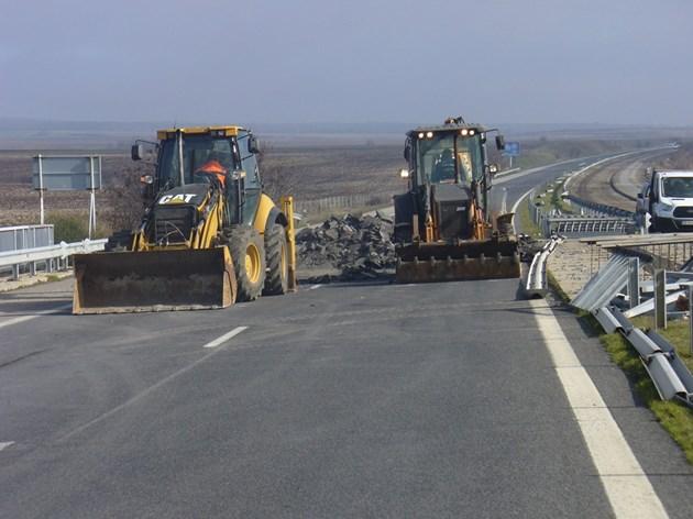"""АПИ: В неделя ползвайте подбалканския път, а не магистрала """"Тракия"""""""