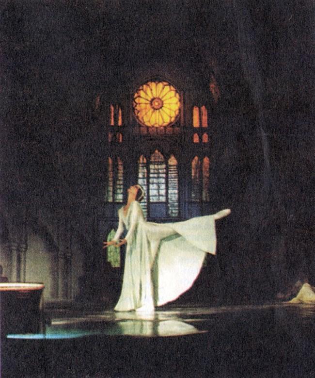 """Фрагмент от """"Сюита Бах"""" - спектакъл, който съчетава  балета с музиката на гениалния немски предкласик."""