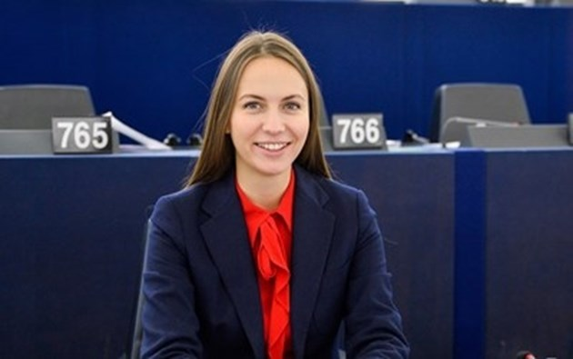 Майдел: България ще продължи по пътя си към единната валута