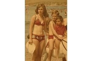 С братовчедите Галя и Михаил на Златни пясъци