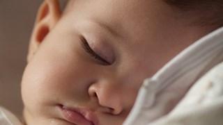 Основни грешки за съня на детето