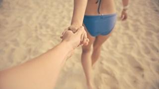 Недостатъци и предимства на секса в морето и на пясъка