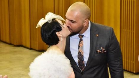 Софи Маринова и Гринго се ожениха с черни диаманти (Снимки)