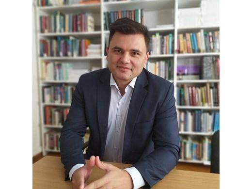 Лъчезар Богданов: След три прогнози- време е за не-кризисен бюджет за 2022 г.