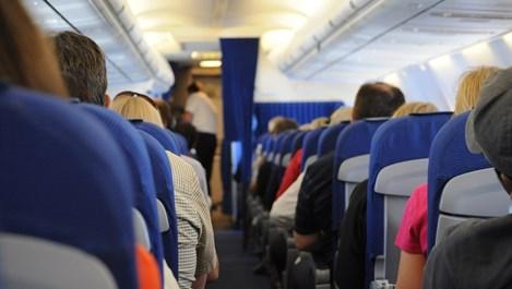 Съвети за удобно пътуване по време на дълъг полет