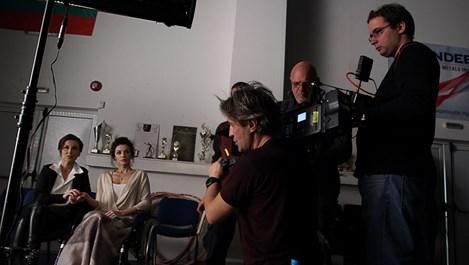 """""""Лошо момиче"""" – първият филм на Куката, провокира с история"""