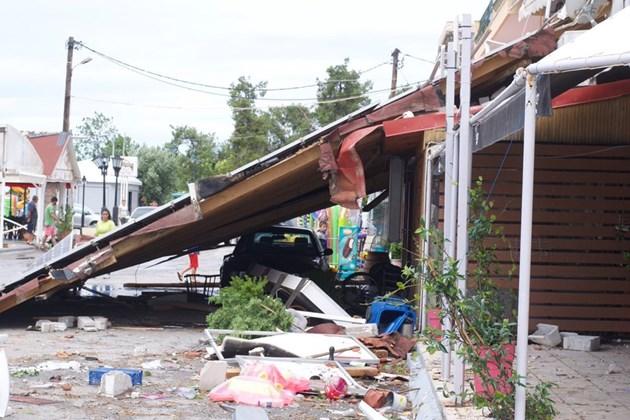 Халкидики след бурята - отново към нормален живот (Снимки)
