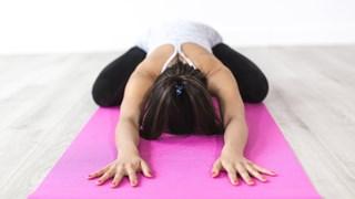 По какъв начин йогата помага на ниското кръвно