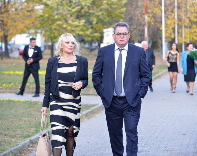 "Богомил Бонев на съд за ""проститутка""?"