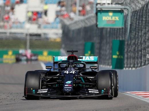 Хамилтън ще почака за рекорда на Шумахер