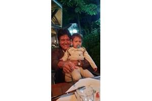 Благовест Аргиров заедно с първия си внук Леон още като бебе.