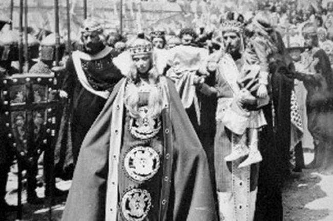 """В """"Сватбите на Йоан Асен"""" е унгарската принцеса Ана."""