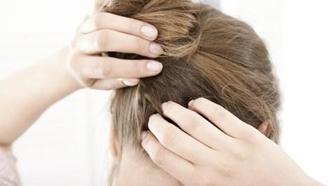 Използвайте хлабав ластик за коса