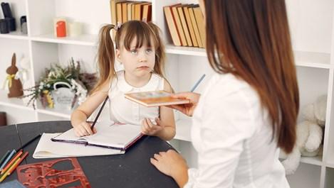 Как да помогнем на детето да се впише в нов клас или училище