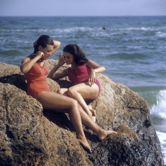 """Момичета на плажа в Одеса, 1971 г. Снимка: РИА """"Новости"""""""