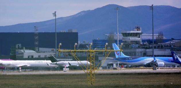 60 млн. лв. дават шанс за рестарт на авиацията, приземена от пандемията