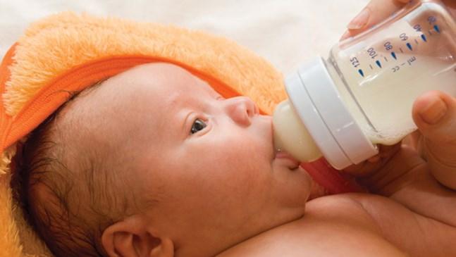 Наръчник за хранене на новороденото с шише