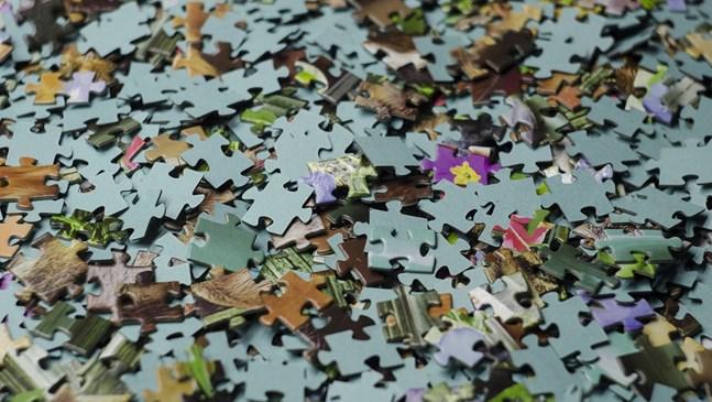 Трикове за това как да наредите пъзел от 1 000 парчета