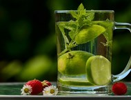 Вода, джинджифил  и лимон прочистват  организма след празниците