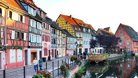 12-те най-цветни улици в света (галерия)