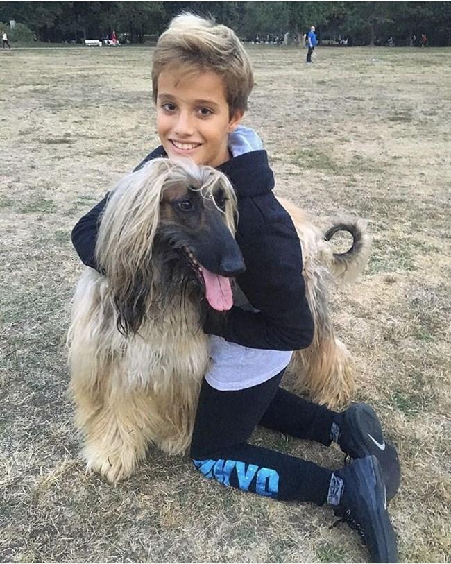 Георги много харесва Кабул - кучето на Ралица и често го извежда на разходка