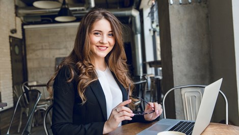 Програмата, помагаща на жените в бизнеса - Smart Lady, става на 3 години