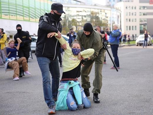 Над 100 души са задържани по време на протестни акции в Минск