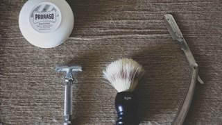 Необичайна употреба на пяната за бръснене и пилата за нокти в домакинството