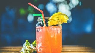 Сокът от тези 3 съставки забързва отслабването
