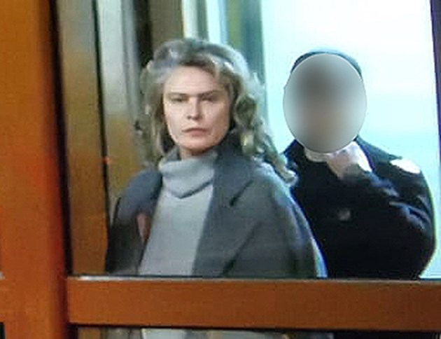 Жената на Божков - Елена Динева, излиза на свобода