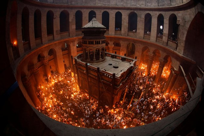 Църквата на Божи гроб на православния Великден