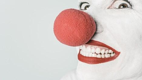 За какво сигнализира кървенето на венците