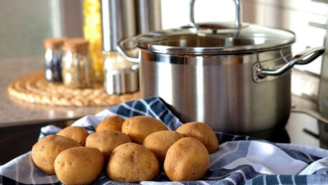 Хрупкава картофена баница