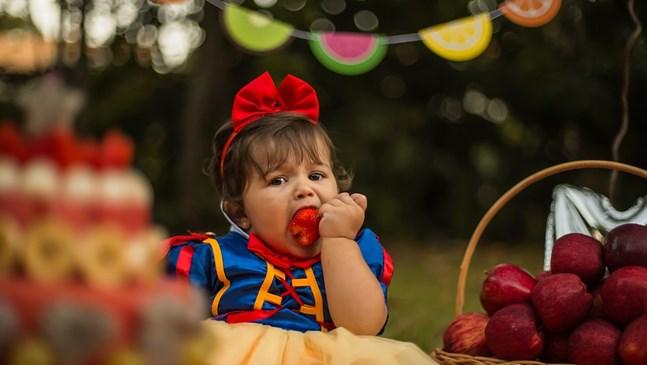 Как да вкарам твърда храна в менюто на бебето