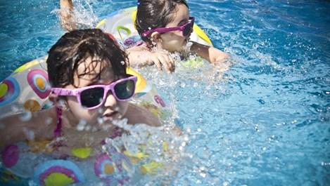 Безопасни ли са поясите за здравето на децата