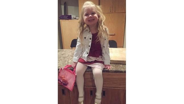"""Баща извежда на """"срещи"""" 3-годишната си дъщеря, за да й покаже как заслужава да бъде третирана"""